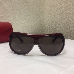 Authentic Valentino 5577/S TMXQA125 Sunglasses.
